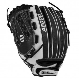 Wilson A2000 Fastpitch Softball Glove 12.5″ SuperSkin Series